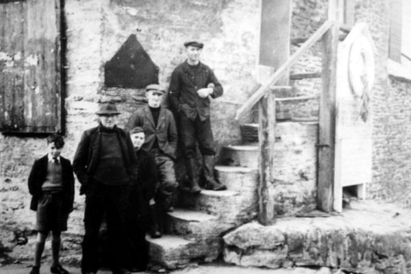 On the Pawlyn steps, c1955
