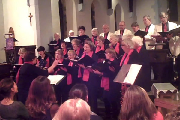 Port Isaac Chorale 'Love came down at Christmas'