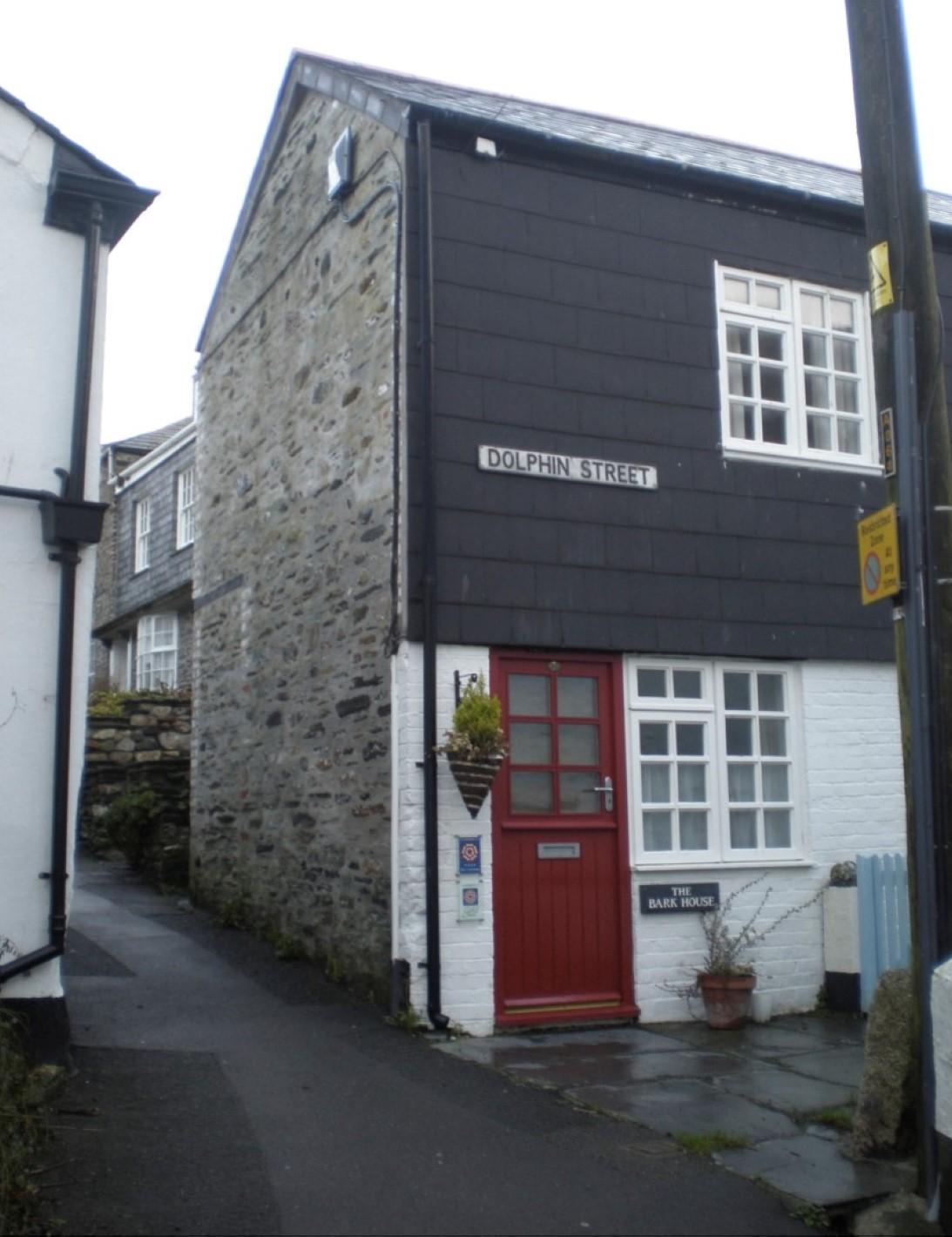 Bark House, Dolphin Street