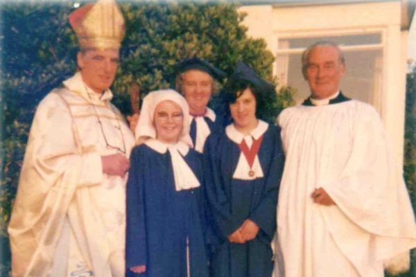 Bishop Graham Lenard visits St Peter's Church