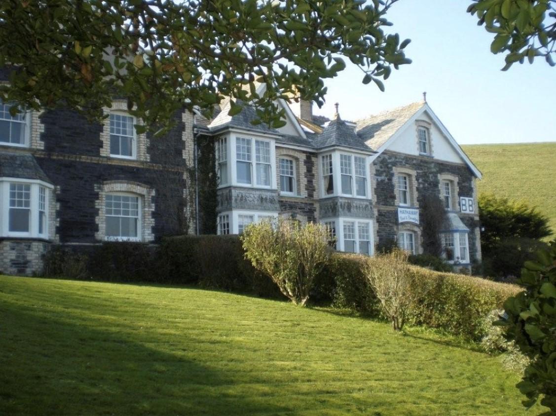 Khandallah and Hathaway, Roscarrock Hill