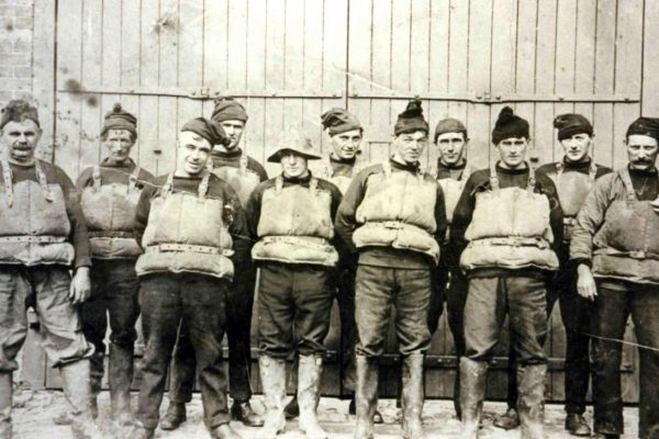 Port Isaac Lifeboat crew from days long gone